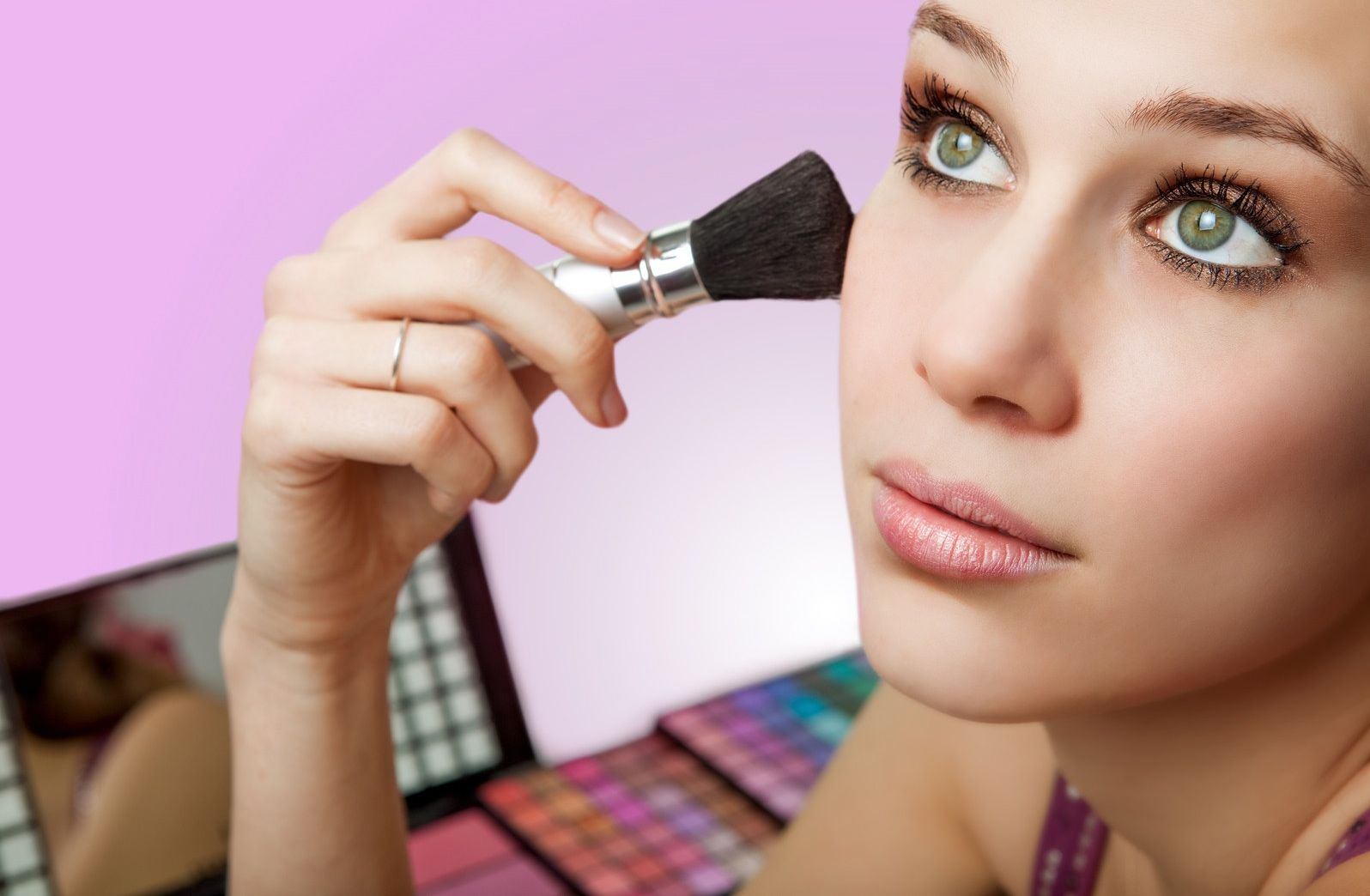 5 Benefits Of Pure Mineral Makeup
